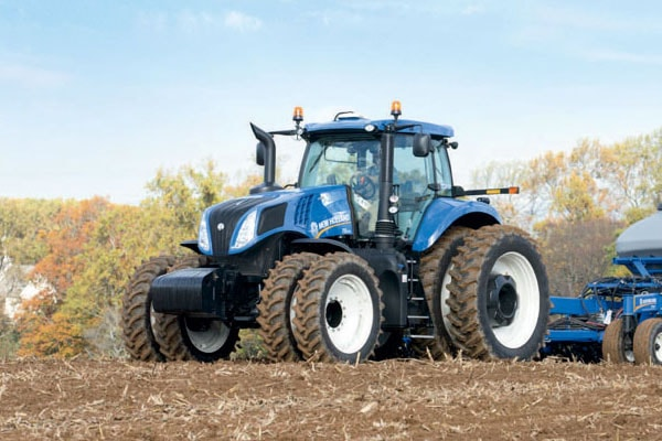 New-Holland-Genesis-T8.320-min.jpg