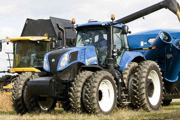 New-Holland-Genesis-T8.410-min.jpg