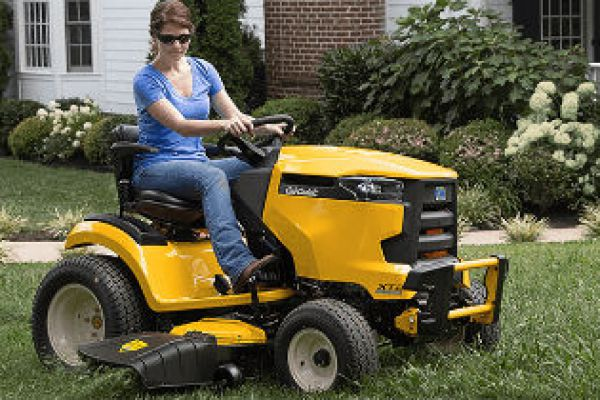CroppedImage600400-CubCadet-LawnGardenTractors.jpg